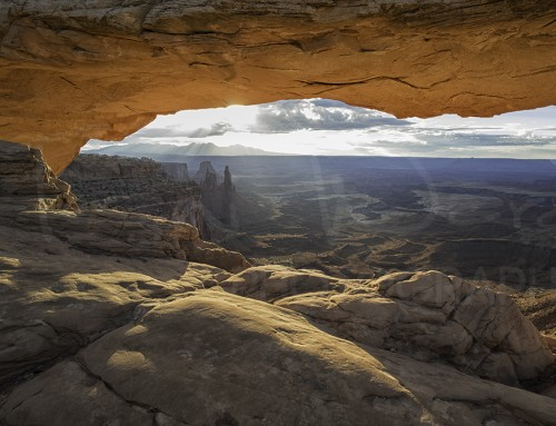 Photographing Mesa Arch